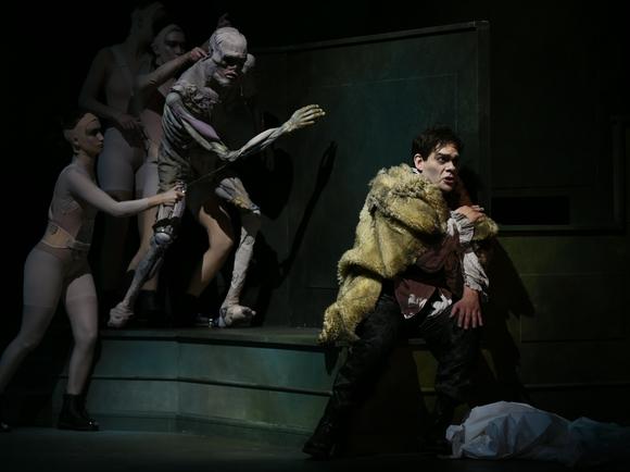 Frankenstein 580x434