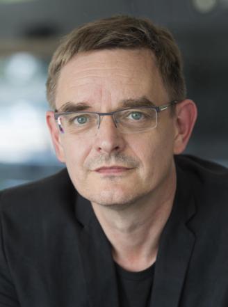 Ulf Schmidt-fb3368